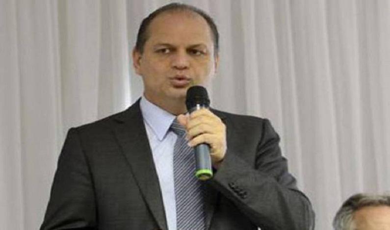 Ministro da Saúde promete informatizar unidades de saúde até 2018