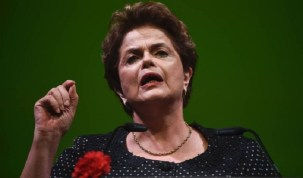 'São muitos frágeis as provas contra Lula', diz Dilma