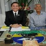 A Fecomércio-RO apoia a integração regional no livro de Luiz Tourinho