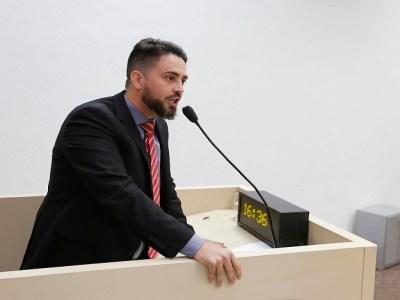 Léo Moraes faz alerta sobre falta de condições de trabalho na Idaron