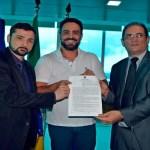 Deputado Léo Moraes destina emenda parlamentar para agilizar emissão de carteira de identidade em Porto Velho e Distritos