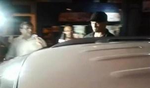 Goleiro Bruno se entrega à polícia antes de receber voz de prisão