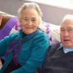 Casal que vivia junto há 71 anos morre num intervalo de quatro minutos