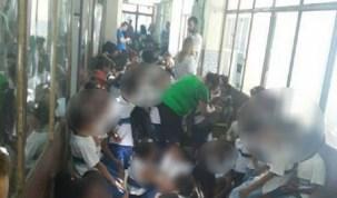 Criminosos invadem escola e alunos se abrigam em corredor para fugir de tiroteio na Mangueira (RJ)