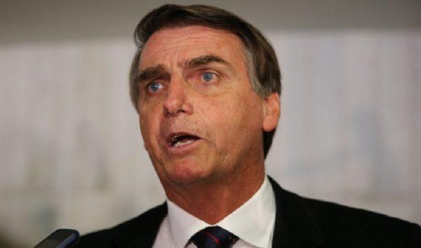 Bolsonaro parte para o ataque contra Ciro Gomes, Álvaro Dias e Temer