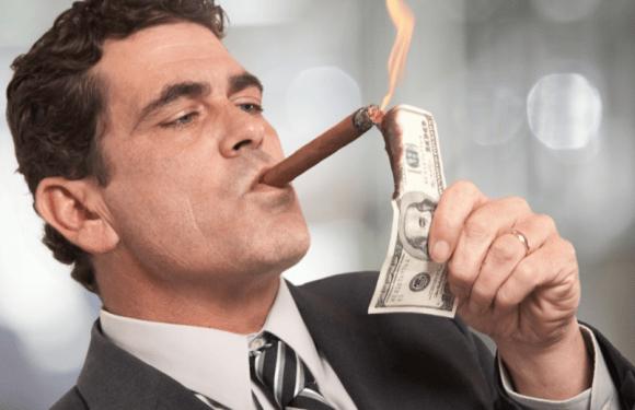 Conheça 8 hábitos do dia a dia que destroem suas chances de ser milionário