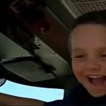 Menino de 5 anos salva vida de mãe que teve convulsão durante o banho