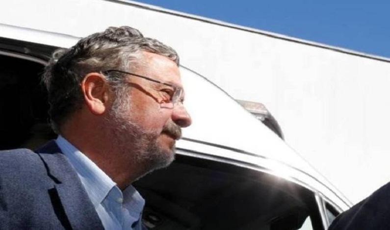 Palocci contrata advogados para negociar delação