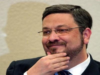 Após STF decidir liberar Dirceu da prisão, Palocci pede habeas corpus