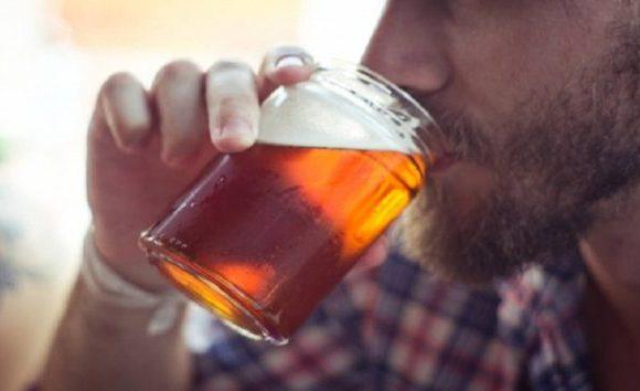Rótulos de bebidas alcoólicas poderão ter que informar quantidade de calorias