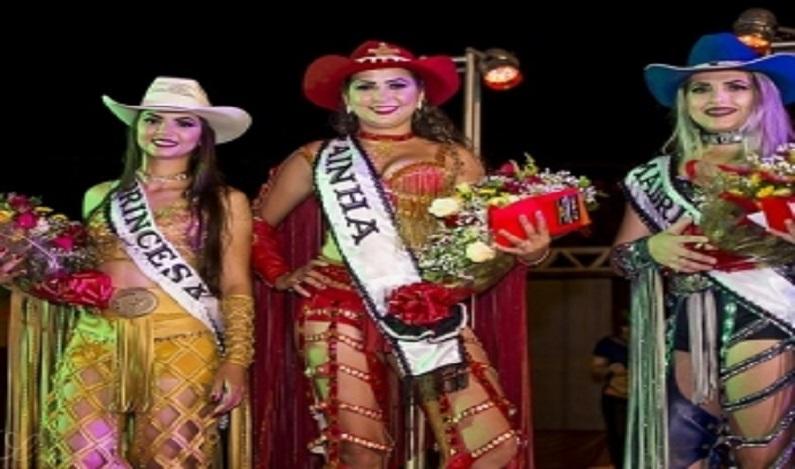 Concurso elege a rainha da 15ª Exposição Agropecuária de Espigão D'Oeste