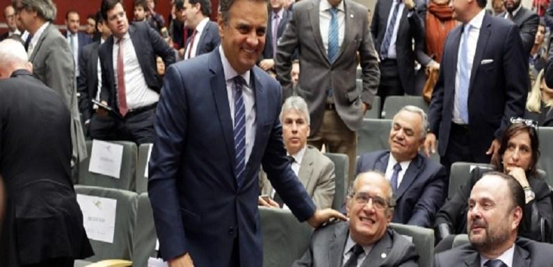 Marco Aurélio nega pedido de Aécio para ser julgado no plenário e não na turma