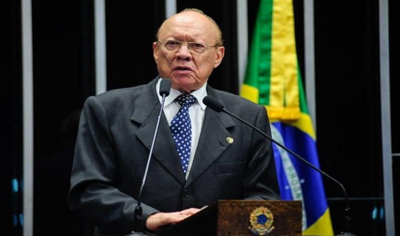 Presidente do Conselho de Ética espera pedido de cassação de Aécio para comentar