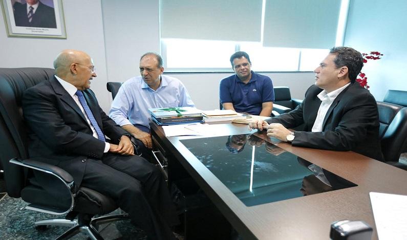 Maurão de Carvalho volta a discutir com o governador prioridade para ajudar Cacoal