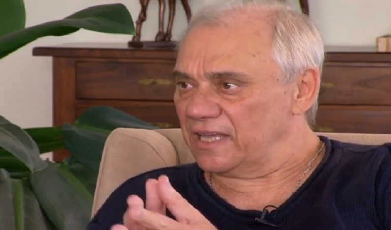 Record proíbe notícia sobre a morte de Marcelo Rezende