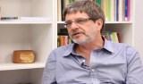 Reitor da UFRJ é absolvido de improbidade por ato contra impeachment de Dilma