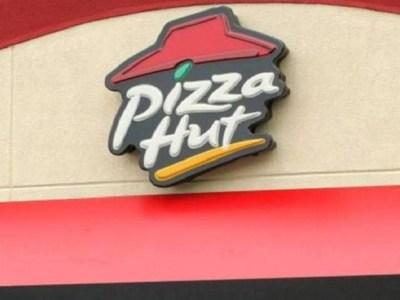 Pizza Hut gera revolta ao parodiar greve de fome de palestinos
