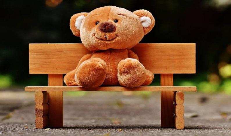 Menino de 11 anos hackeia urso de pelúcia para mostrar como objetos conectados podem ser uma ameaça