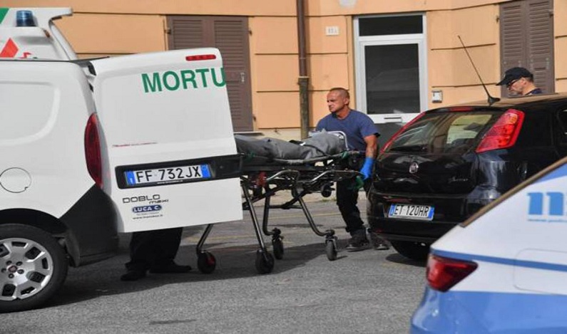 Brasileira é presa após matar companheiro a facadas na Itália