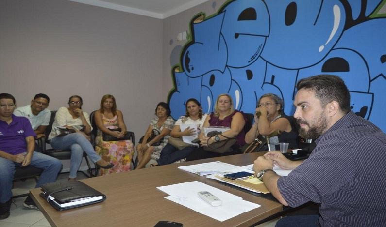 Léo Moraes tem reunião com permissionários da rodoviária e ouve reivindicações