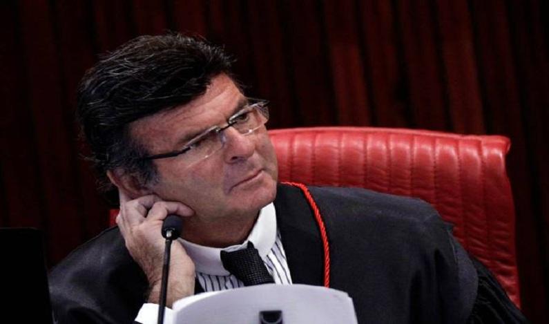 Delações podem ser homologadas pelo plenário do STF, diz Fux