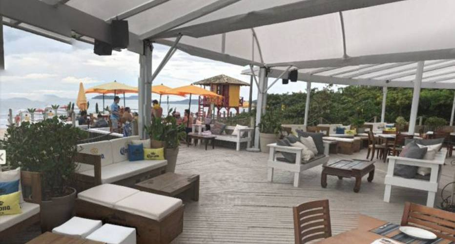 Justiça manda demolir 5 beach clubs em Jurerê Internacional