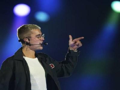 Justin Bieber cancelou turnê para se 'dedicar a Cristo' após entrar para a igreja Hillsong, diz site
