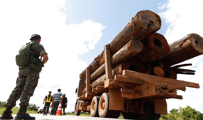 Exército envia 5 mil soldados para proteger fronteira de Rondônia e Acre