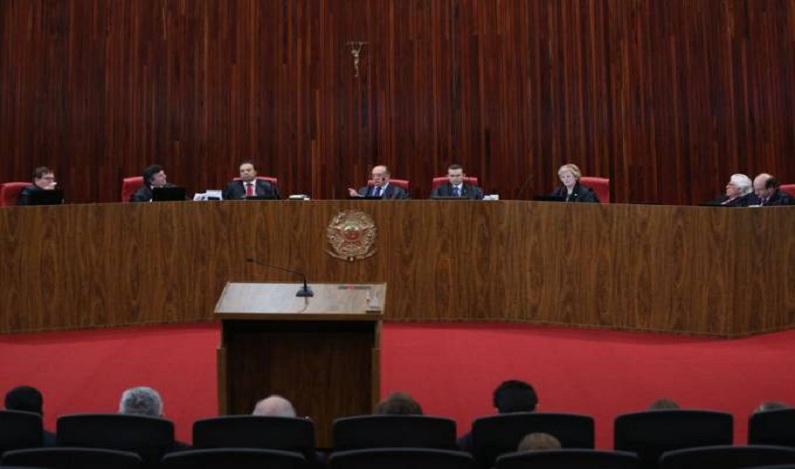 Rede pede ao STF anulação de julgamento da chapa Dilma-Temer
