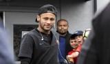 Justiça arquiva processo contra Neymar, seu pai e dirigentes do Barcelona
