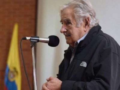 'Me dá pena, pena pelo Brasil', diz Mujica sobre manobra para salvar Temer na Câmara