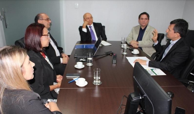Fecomércio-RO, através de seu instituto, apresenta projeto de especialização de servidores ao governador