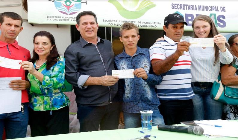 Maurão participa da inauguração do Banco do Povo em São Francisco do Guaporé