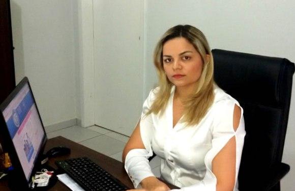Vereadora que xingou professora no Facebook pode ser cassada pela Câmara em cidade de Rondônia