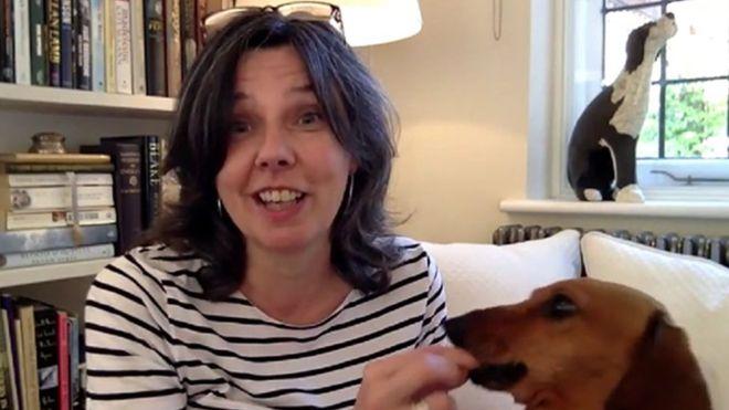 O macabro assassinato da escritora britânica pelo noivo que conheceu na internet