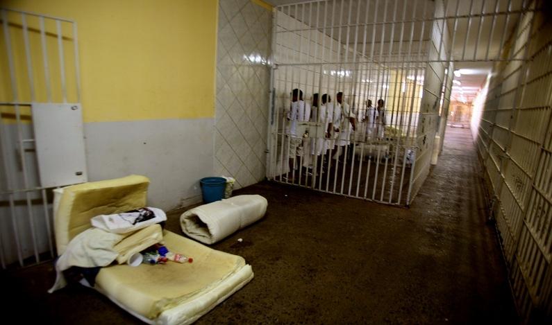 Doença infecciosa se espalha e atinge mais de 2 mil presos da Papuda, no DF