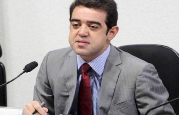 Bruno Dantas, ministro do TCU, admite que usou jato da J&F