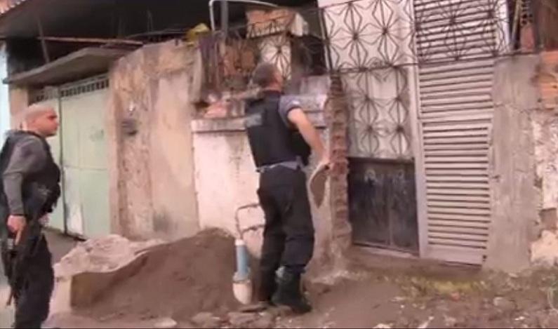 Polícia do RJ realiza operação para desarticular quadrilha de tráfico internacional de adolescentes