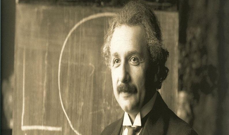 Foto original de Einstein de língua para fora foi vendida por US$ 125 mil
