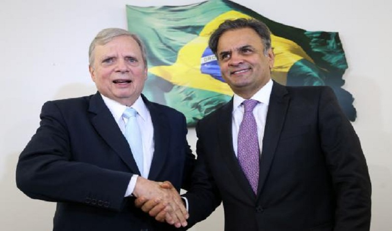 PSDB mantém Aécio afastado da presidência do partido; Tasso permanece interino