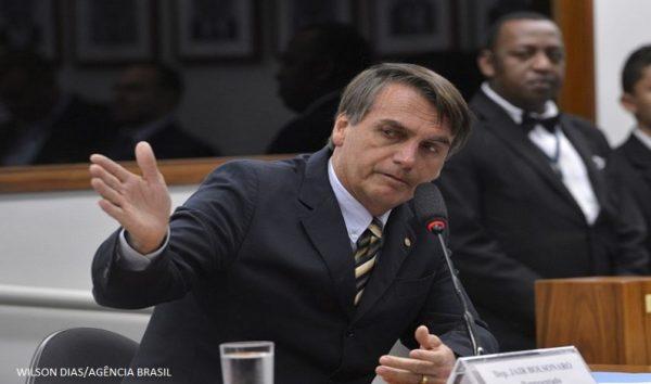 Bolsonaro decide não participar de debates no 1º turno das eleições