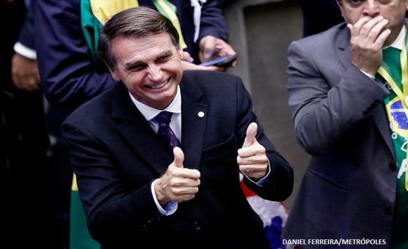 TSE aprova registro de candidatura de Jair Bolsonaro à Presidência