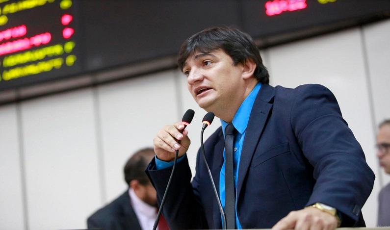 Cleiton Roque parabeniza governo do Estado pela conclusão das obras do Instituto Técnico Abaitará