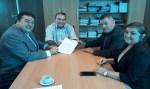Deputado Edson Martins assina convênio de R$ 150 mil para aquisição de Van para área de saúde de Ji-Paraná