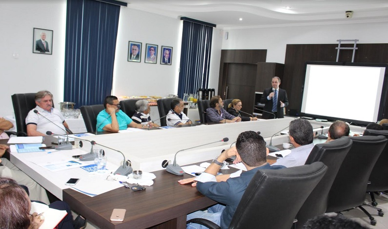 Advogado da CNC fala na Fecomércio-RO a empresários sobre Reforma Trabalhista