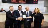 Léo Moraes homenageia Basa pelos 75 anos