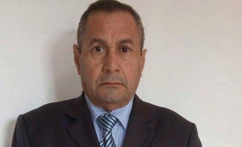 Jornalista sofre atentado em Rondônia e tem carro perfurado de balas