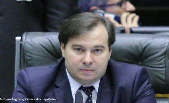 Maia anuncia repasse de R$ 230 milhões da Câmara para Segurança