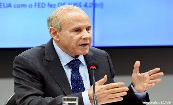 Mantega e senadores prestarão depoimento sobre pagamentos da J&F ao MDB