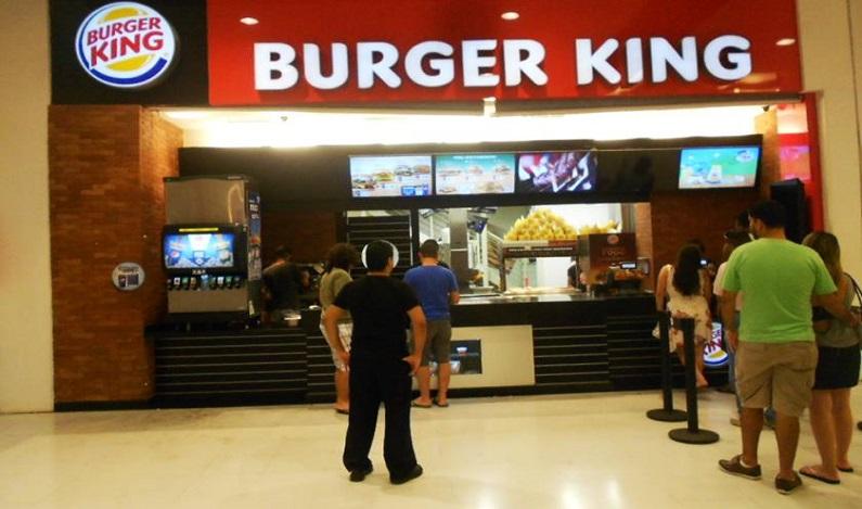 Burger King é condenado em R$1 milhão por jornada excessiva de trabalho